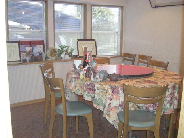 丸テーブルで頂ける個室。本格中華をゆっくりと味わうことができます。(5~10名)