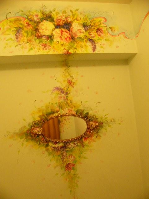 壁紙のアクセントに。壁紙を変えることなく印象を大きく変えることが可能です。