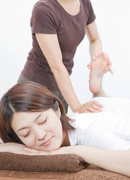 「オリジナルフットスパ サラン」冷たくなりやすい足の先を温めることで、体全体の血行もよくなり、温かさが全身に伝わります